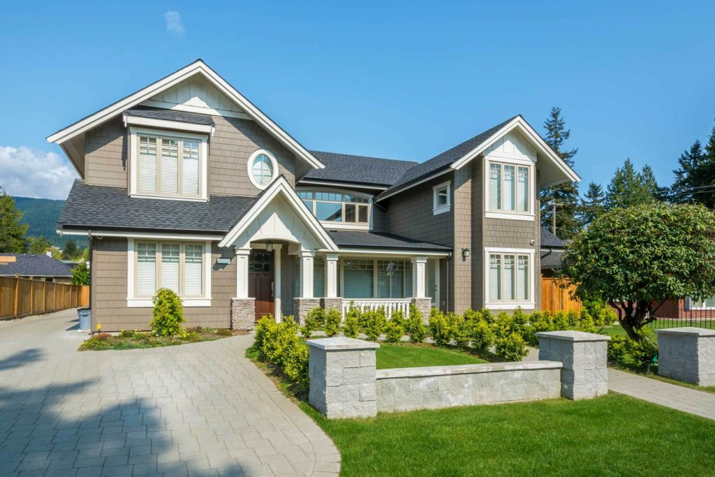 Signs You Need To Replace Your Roof and Siding